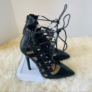 Public Desire Lace Up Leather Pump Heels Size 5